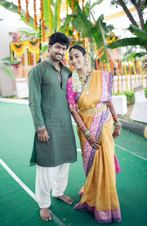 29. Nani Anajana wedding pose