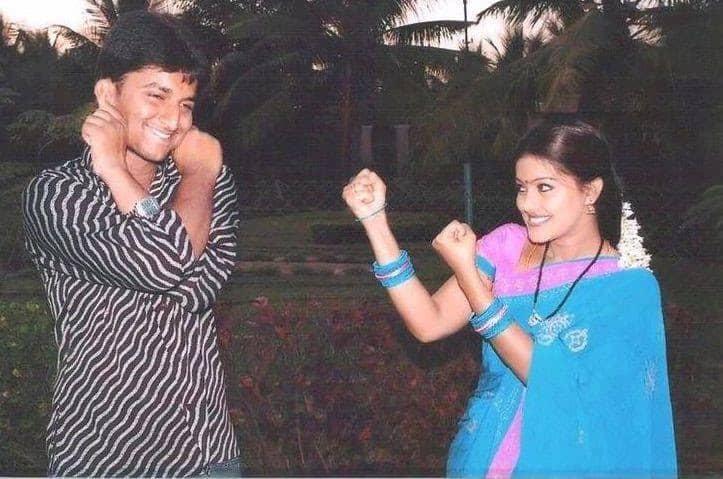 9. Nani with Heroine Sneha during Radha Gopalam shoot