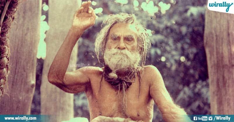 Devraha Baba lived 900 yrs