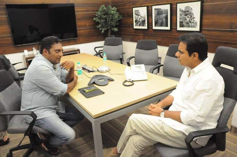 23. Prakash Raj with KTR