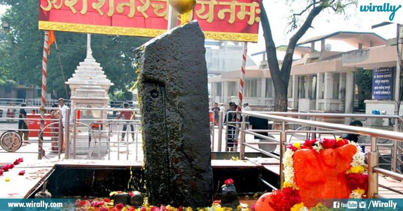 Shani Shinganapur Temple