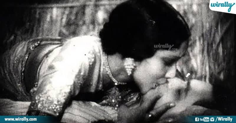 6-First kiss scene