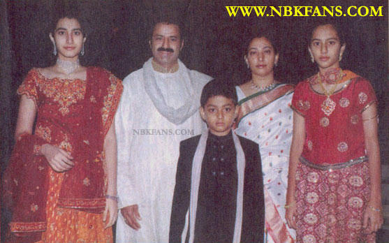 33. Rare family pic of Balakrishna