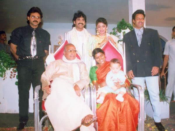 36. Rare pic of Balakrishna, Venkatesh and Nagarjuna with Sr NTR