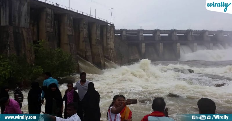 Pochampad Dam