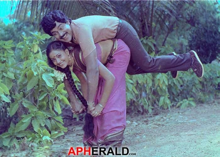 Chiranjeevi And Vijaya Shanthi Rare Image