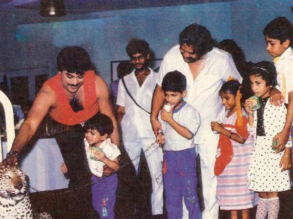 Chiranjeevi And Dasari Garu On Lakeswaraudu Movie Sets