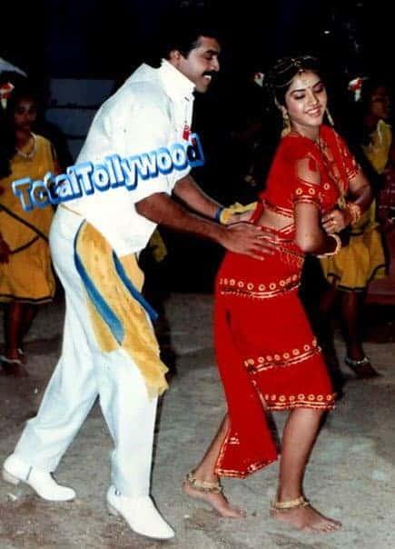 Venkatesh And Divya Bharati Dance Rehearsals On Bobbiliraja Movie Sets