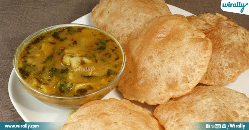 Poori Aalu Curry