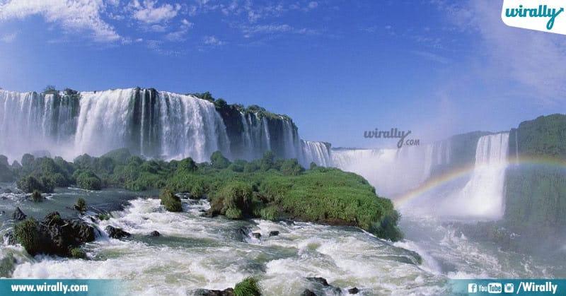 Iguazu Falls, Argentina-Brazil