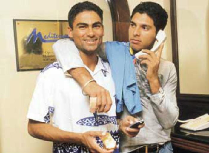 18. Rare & Unseen Pic Of Mohammed Kaif & Yuvraj Singh