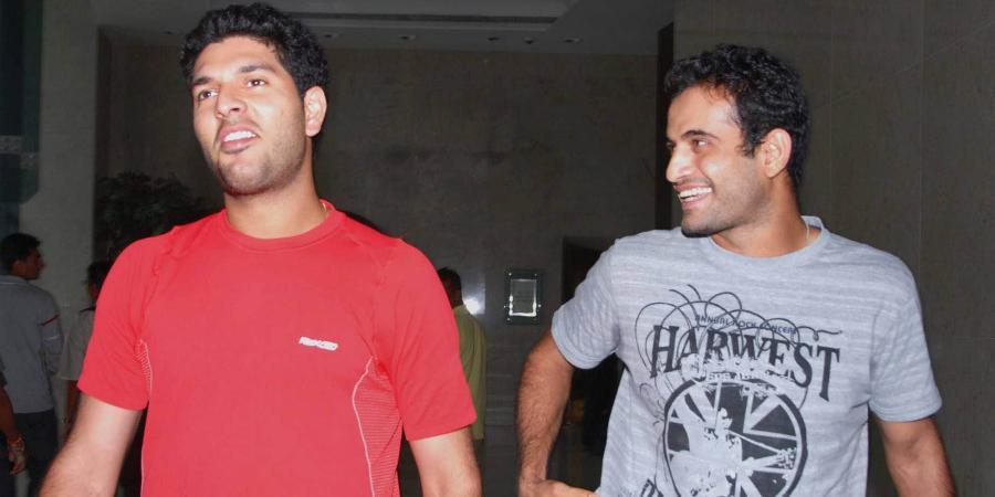 28. A Rare Pic Of Yuvraj Singh & Irfan Pathan