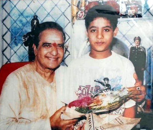 10. Jr. Ntr Rare Rare Childhood Pic With Sr Ntr