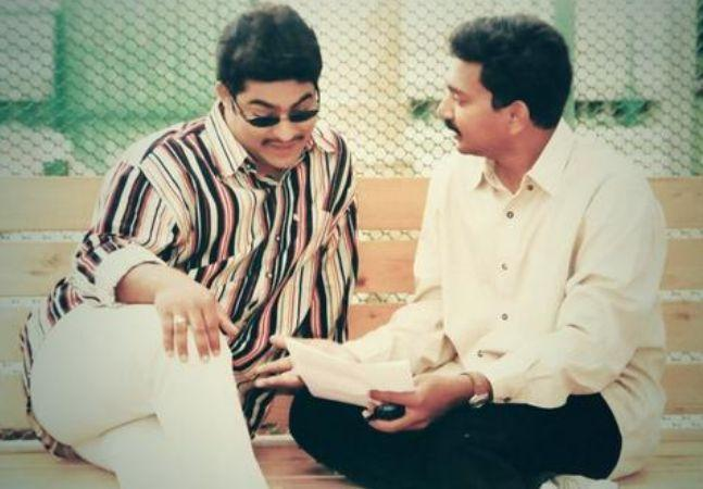 15. Jr. Ntr With Ss Rajamouli During Student No.1 Shoot