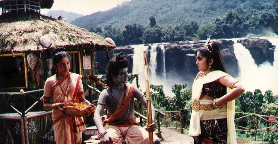19. Jr. Ntr Rare Pic From Balaramayanam Sets