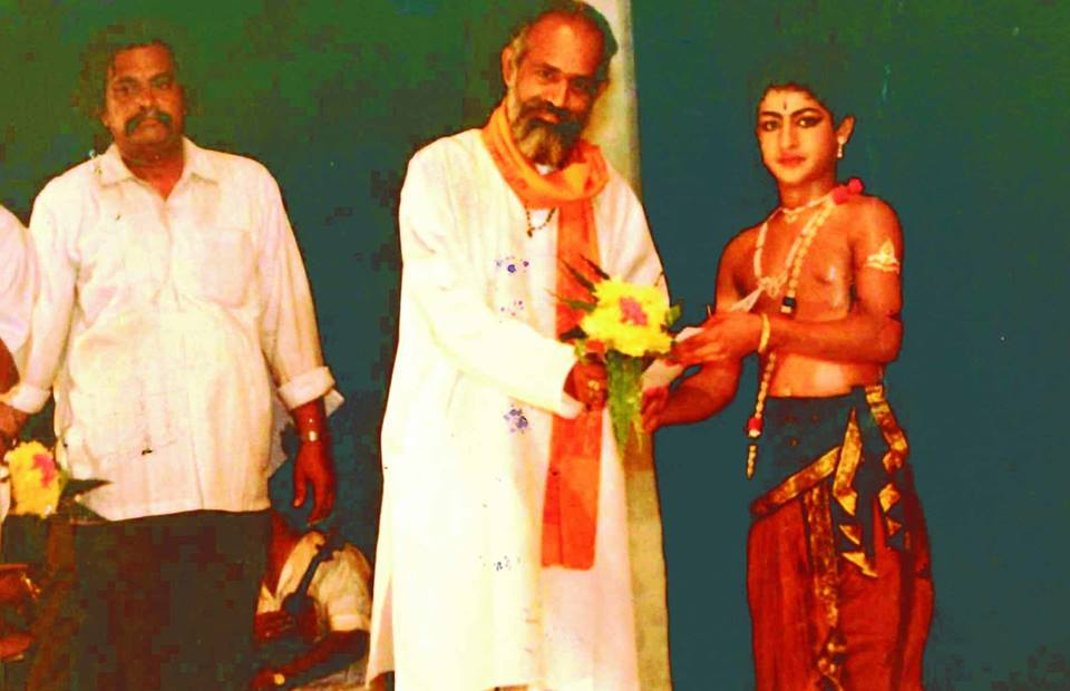 42. Jr. Ntr Receiving Award For Bharatanatyam Dance Performance During School Days