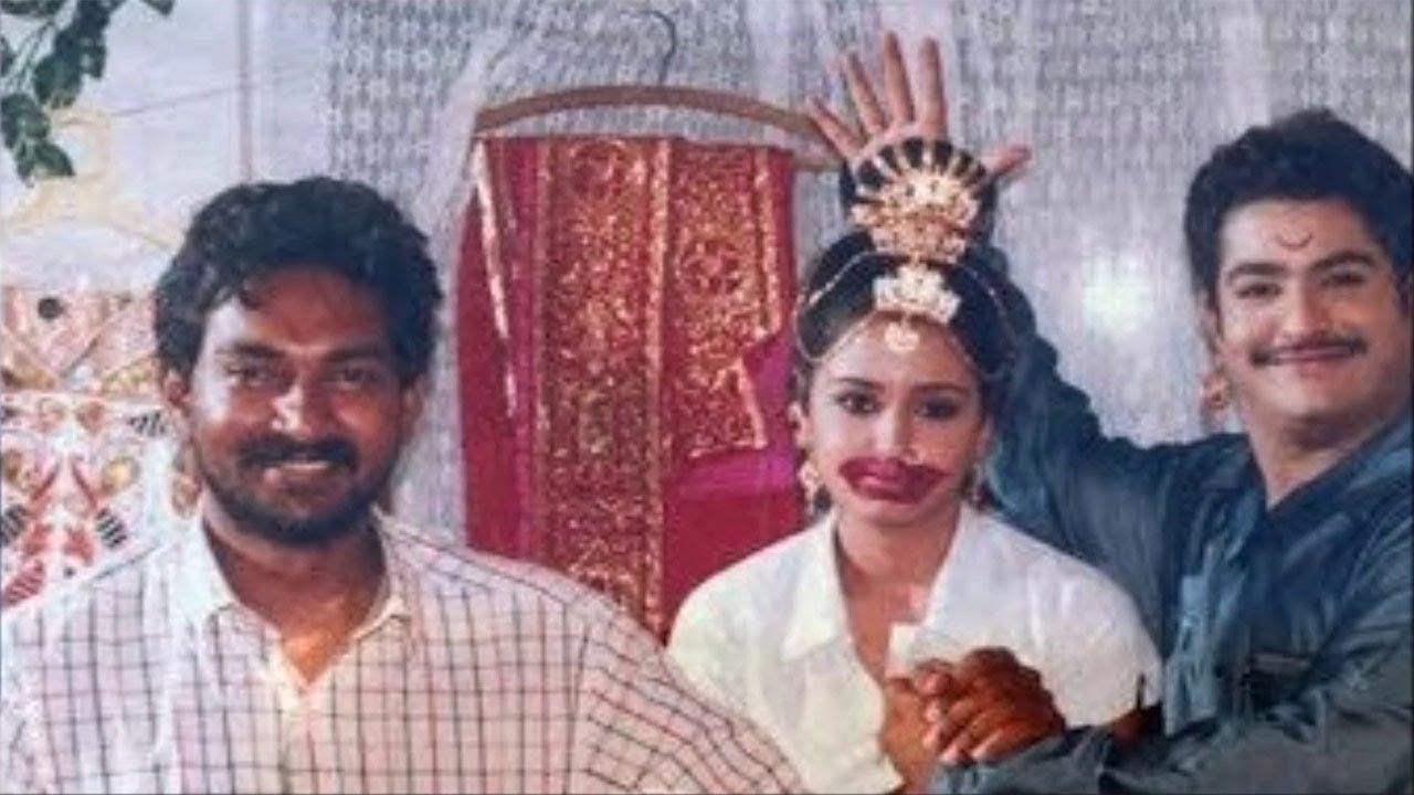 56. Jr Ntr Rare Pic With Ss Rajamouli And Heroine Gajala