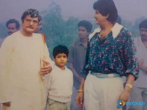 6. Jr. Ntr Rare With Sr Ntr And Mohand Babu On Major Chandrakanth Sets