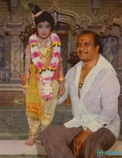 7. Jr. Ntr Dressed As Krishna With Sr Ntr