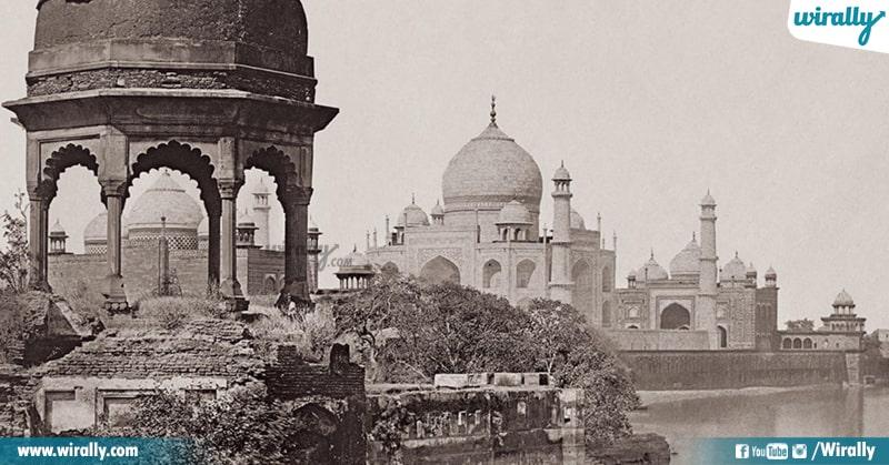 1 Taj Mahal