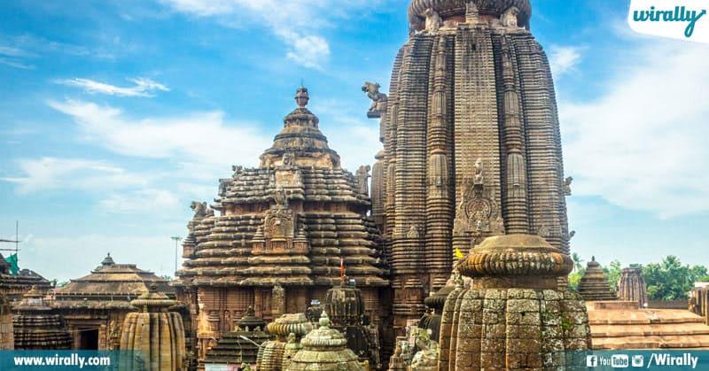 12 Maha Shiva Temples In India