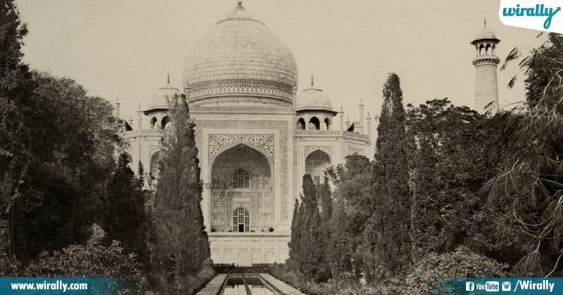 2 Taj Mahal