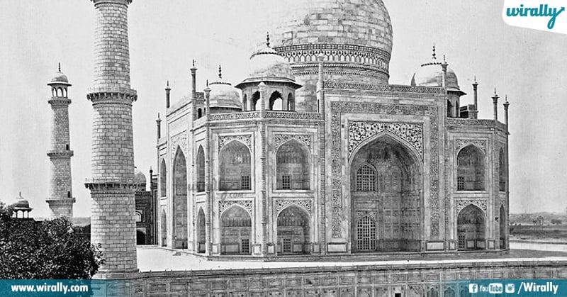 3 Taj Mahal