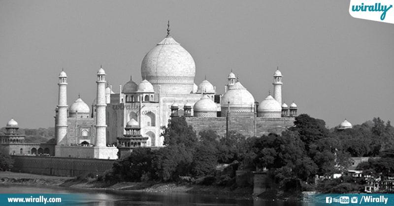 6 Taj Mahal