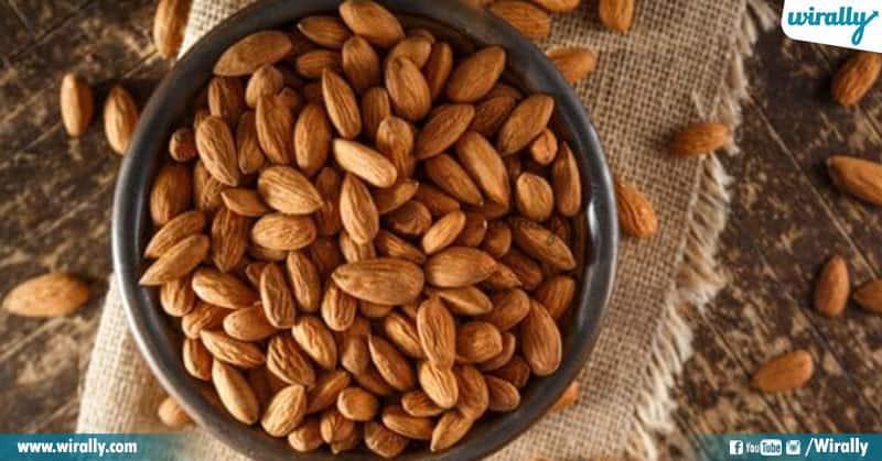 1 Soaked Almonds Vs Raw Almonds