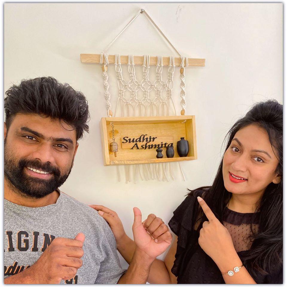 12c. Ashmita & Sudhir
