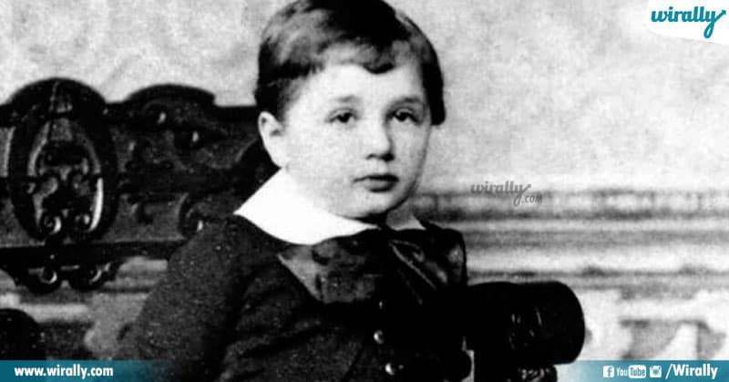 2 Unknown Facts About Albert Einstein