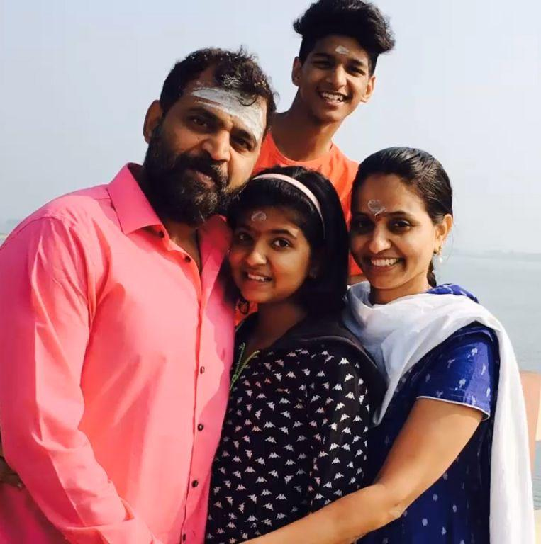 2b. Serial Actor Prabhakar & Family