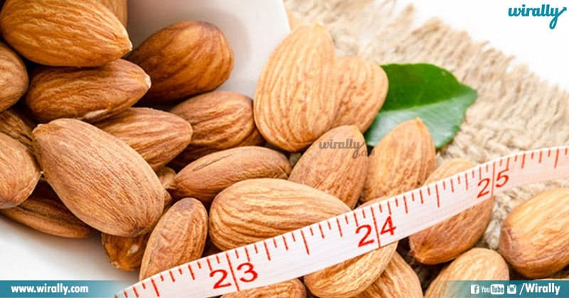 3 Soaked Almonds Vs Raw Almonds