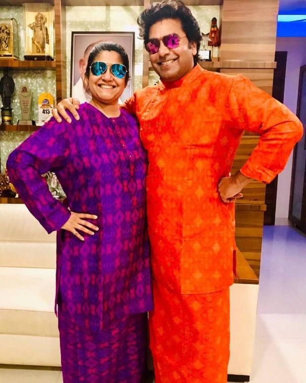 Ashutosh Rana With His Wife Renuka Shahane 4