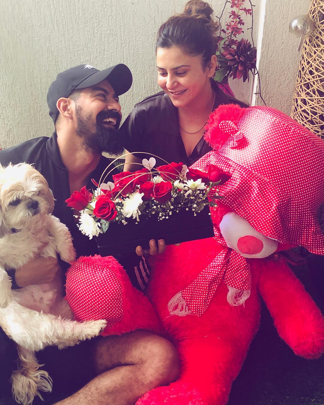 Kabir Duhan Singh With His Wife Dolly Sidhu 3