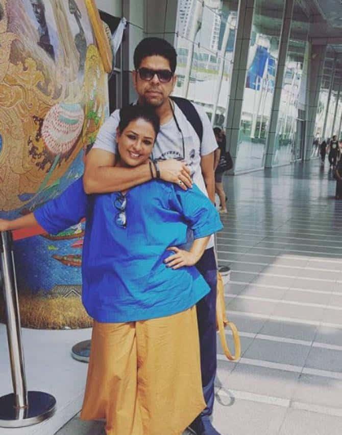 Murali Sharma With His Wife Ashwini Kalsekar 2