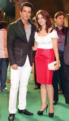 Sonu Sood With His Wife Sonali Sood 3