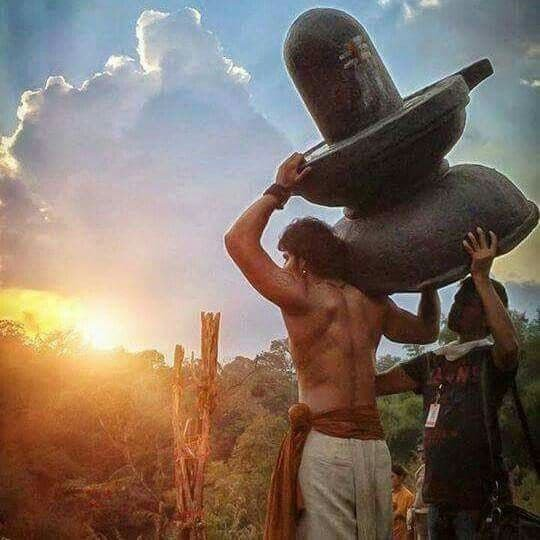 Unseen Working Stills From Baahubali Movie5
