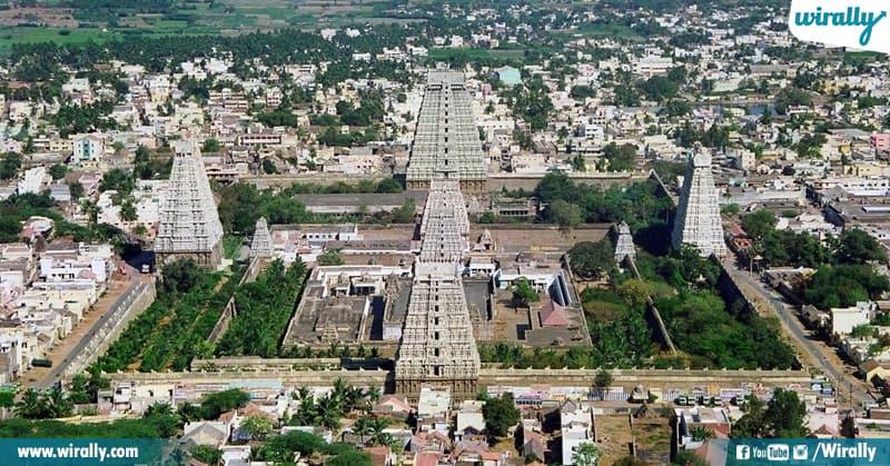 10 Arunachalesvarar Temple