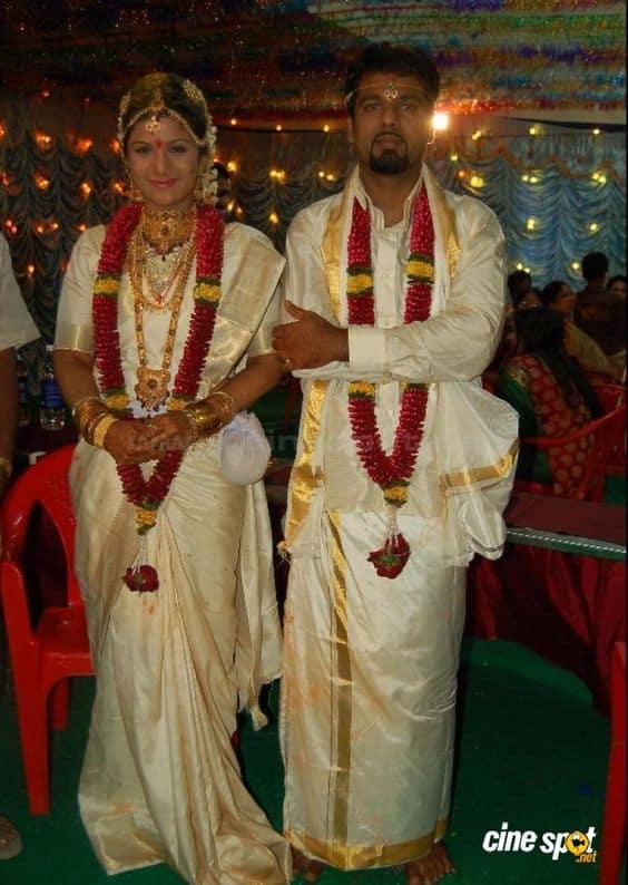 16. Actress Rambha Wedding Photo