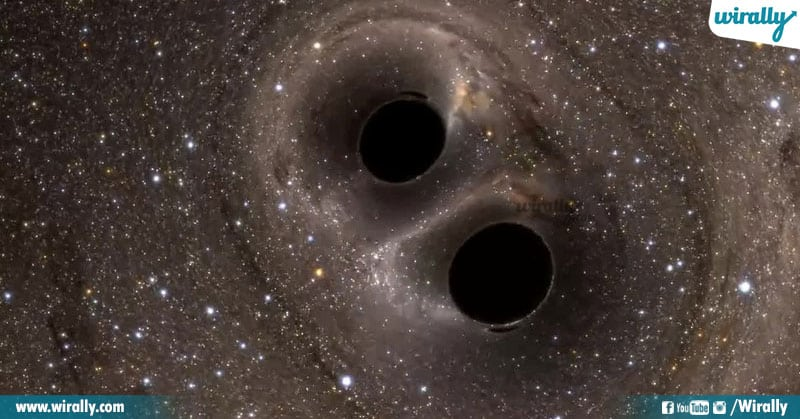 4 Facts About Black Holes