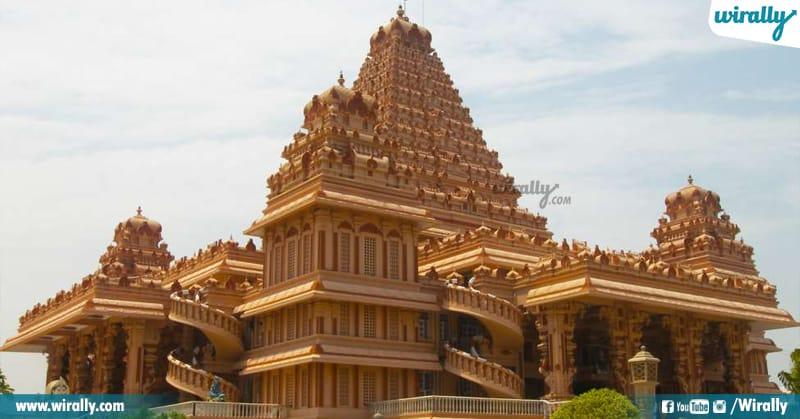 5 Shri Aadya Katyayani Shakti Peetham,
