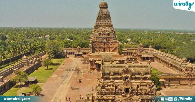 9 Brihadisvara Temple