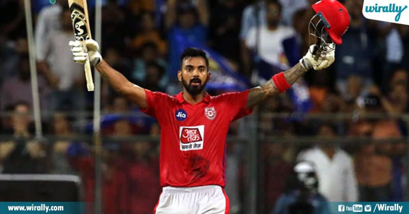2 Players Who Flopped For Rcb