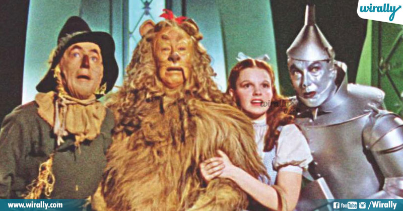 1.THE WIZARD OF OZ (1939)