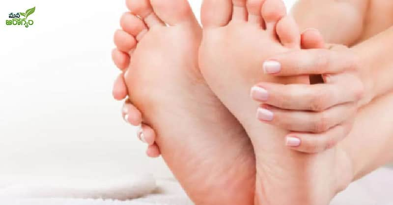 Tips to keep your feet healthy in winter