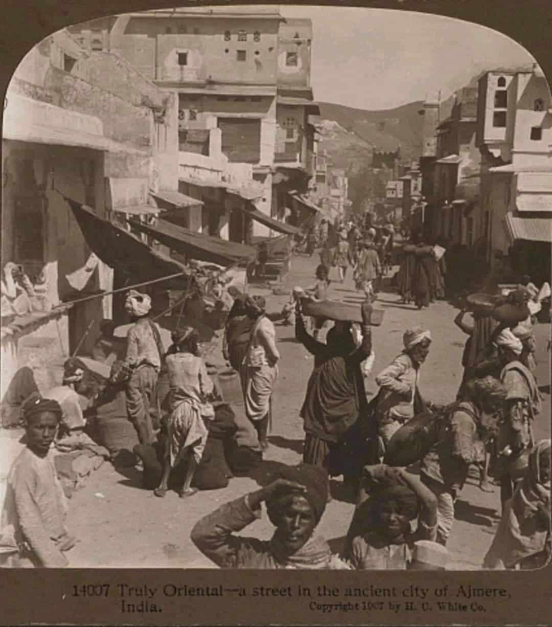 2.Vintage Pics Of Our India
