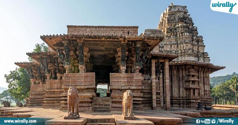 1.Ramappa Temple