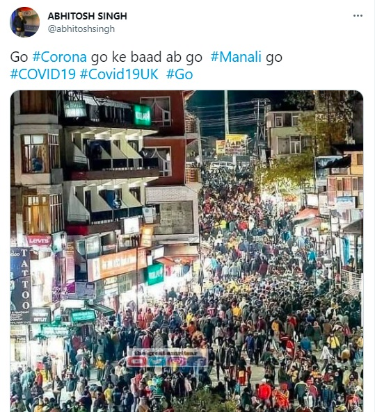8.Viral Pics Of Tourists In Manali