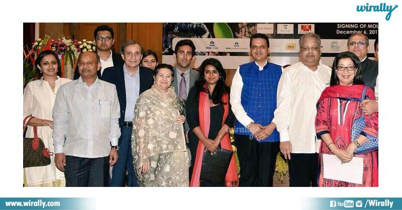 Radhakrishna Damana and family